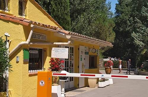 Reception at the Domaine de Gaujac campsite
